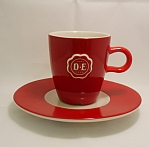 D,E. Senseocups and dishes red with a white logo